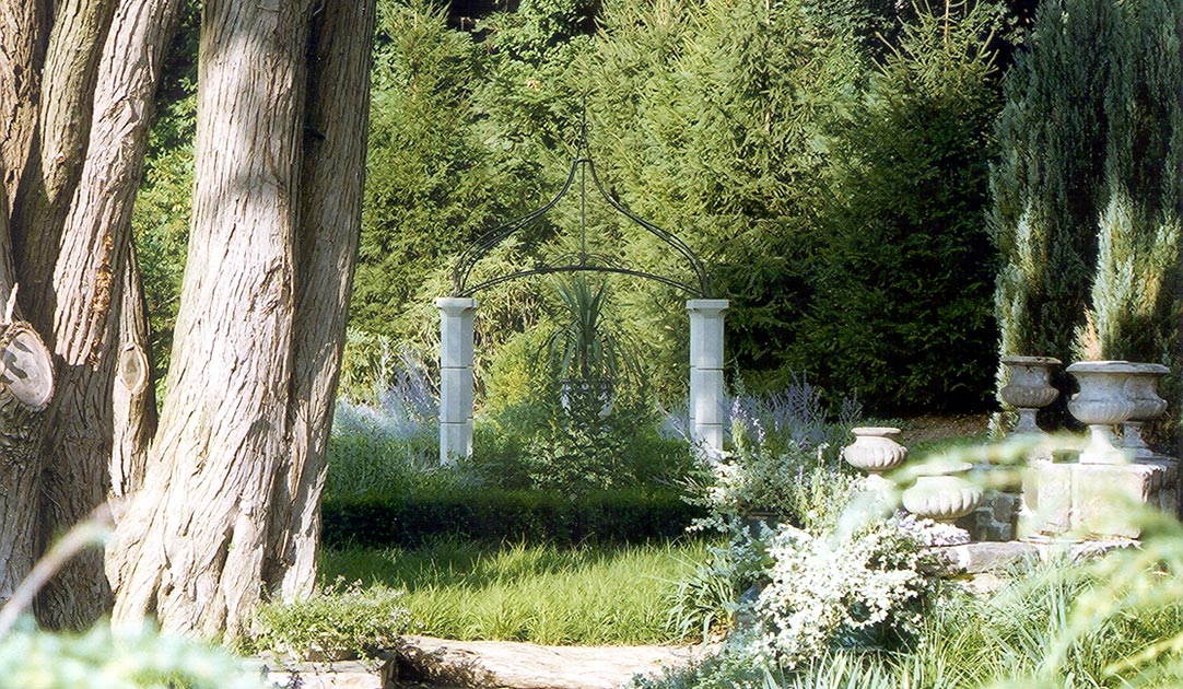 Garden-structures-water-features-ornaments-1